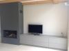 Kachelafwerking met gelakte tv kast